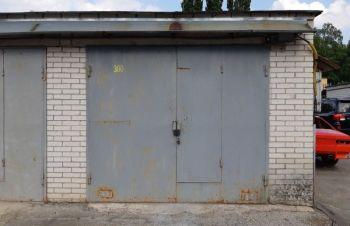В аренду два гаража, бокс на жм Фрунзенский 1, Днепр