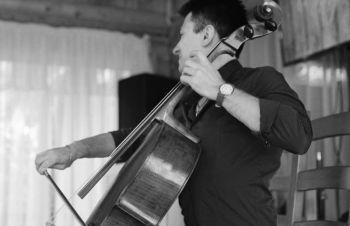 Музыкант ищет работу, в Кафе, Баре, Ресторане, в Киеве и Киевской области