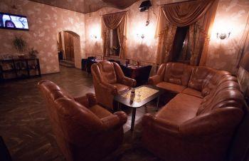 Продам кафе-ресторан двухэтажный г.Чугуев