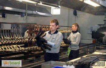 Работники на фабрику Ауди, Фольксваген в Польше, Помошная