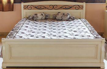 Деревянная белая кровать Виктория из дуба Явир, Киев