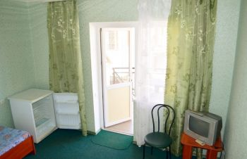 Отдых жилье в Бердянске отель У Ирины