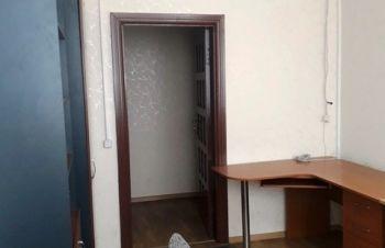 Сдам офис 11 кв.м., метро Левобережная, Киев